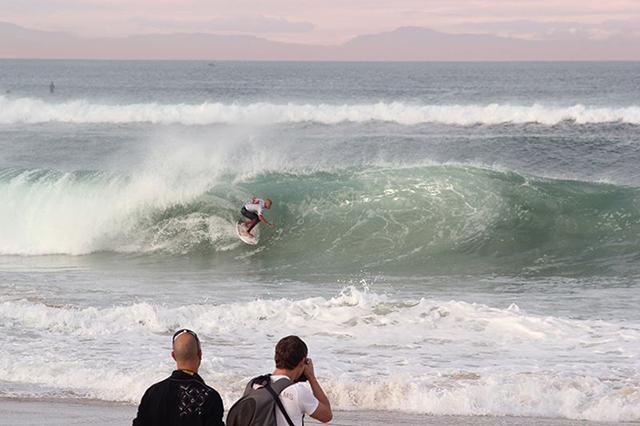 Surfing-Biarritz